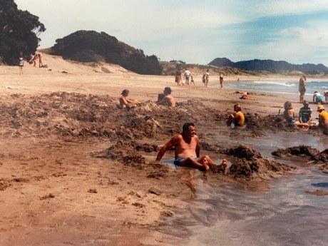Hot Water Beach 1973 (2)